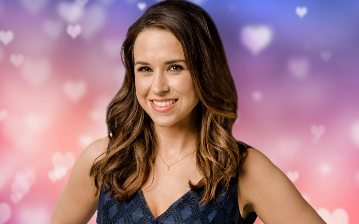 27 Interesting And Awesome Facts About Lacey Chabert Tons Of Facts